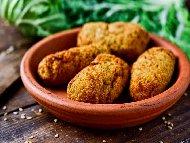 Рецепта Испански крокети от паниран сос бешамел с шунка хамон в галета